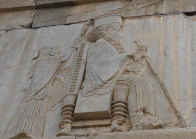 137. Persepolis - Les Mollalpagas en cavale (81)