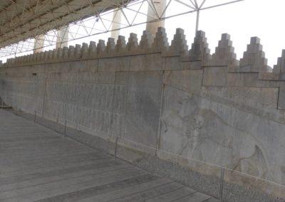 137. Persepolis - Les Mollalpagas en cavale (94)