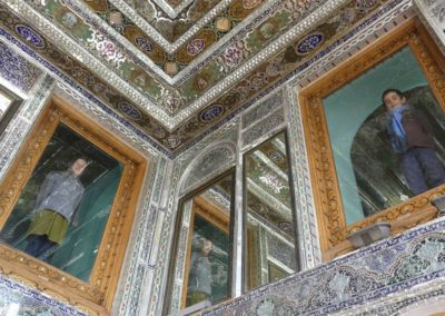 138. Chiraz - Les Mollalpagas en cavale (226)
