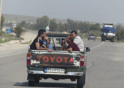 139. Route vers Qeshm - Les Mollalpagas en cavale (17)