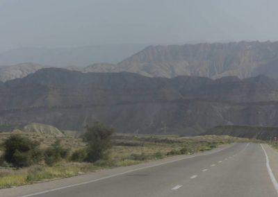 139. Route vers Qeshm - Les Mollalpagas en cavale (38)