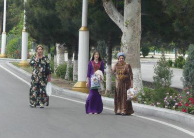153. Turkménistan - Les Mollalpagas en cavale (46)