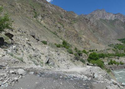 166. M41 de Kalaikum à Khorog - Les Mollalpagas en cavale (129)
