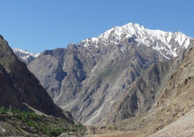 166. M41 de Kalaikum à Khorog - Les Mollalpagas en cavale (205)