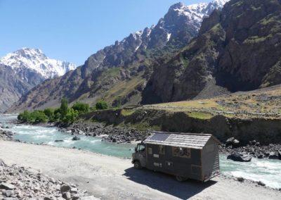 166. M41 de Kalaikum à Khorog - Les Mollalpagas en cavale (268)
