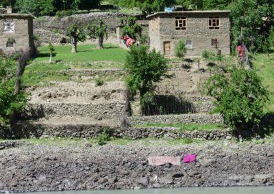 166. M41 de Kalaikum à Khorog - Les Mollalpagas en cavale (32)