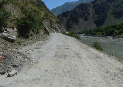 166. M41 de Kalaikum à Khorog - Les Mollalpagas en cavale (37)