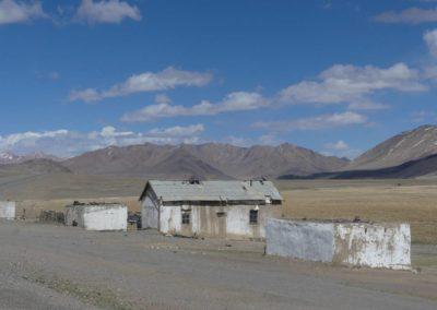 168. M41 de Khorog à Murghab - Les Mollalpagas en cavale (320)