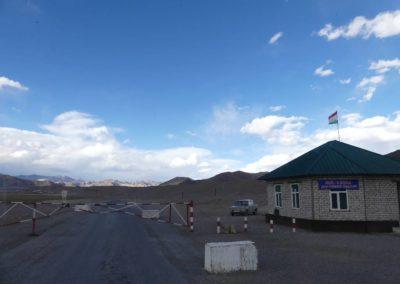 168. M41 de Khorog à Murghab - Les Mollalpagas en cavale (363)