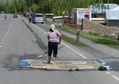 170. Route vers Osh - Les Mollalpagas en cavale (82)