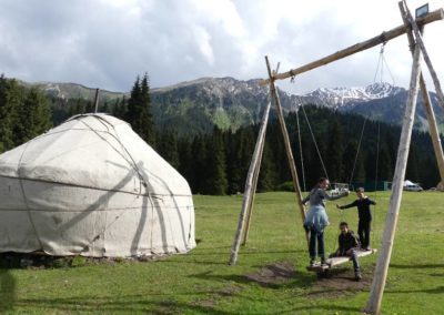175. Issyk Kul - Les Mollalpagas en cavale (565)