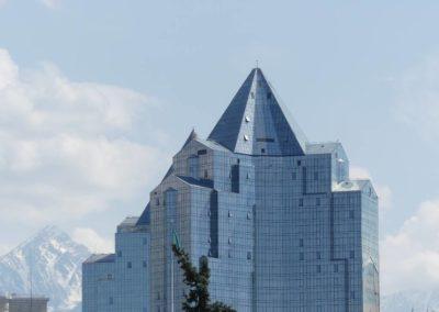 177. Almaty - Les Mollalpagas en cavale (99)
