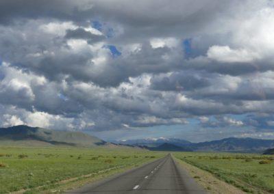 181. Route vers Olgi - Les Mollalpagas en cavale (84)